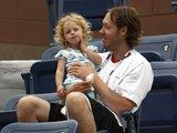 """""""Scanpix"""" nuotr./K.Clijsters vyras ir dukra"""