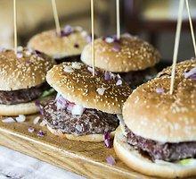 Brandintos jautienos burgeriai su barbekiu padažu