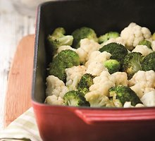 Kepti brokoliniai ir žiediniai kopūstai