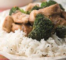 Vištiena su brokoliais