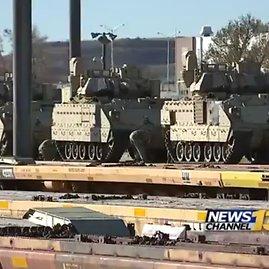 krdo.com nuotr./JAV kariuomenės daliniai ruošiami permetimui į Europą