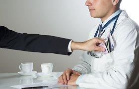 Iš davusių medikui kyšį dauguma sako jautęsi moraliai įsipareigoję atsidėkoti