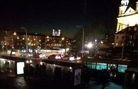 Vilniaus Kalvarijų gatvėje dingęs apšvietimas – dėl elektros transformatorinės remonto
