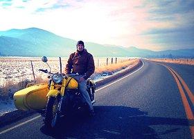Leono Logothetis kelionė aplink pasaulį