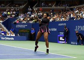 """Serena Williams """"US Open"""" starte užtkrintai nugalėjo Jekateriną Makarovą"""