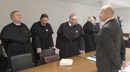 Drąsiaus Kedžio surengtas žudynes pražiopsoję pareigūnai nuosprendį išgirs lapkritį