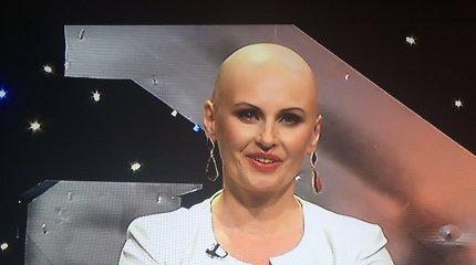 Rūta Janutienė nusiskuto galvą plikai