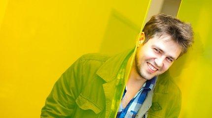 """Įvertinkite: Andrius Pojavis pristato dainą """"Summertime Lights"""" ir Milane filmuotą klipą"""