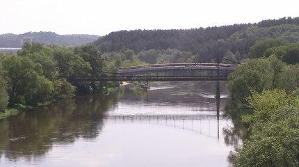 Vilniuje svarstoma demontuoti nenaudojamą Bukčių pėsčiųjų tiltą