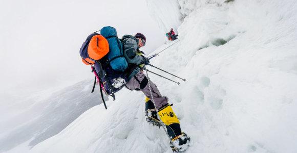 Alpinistui Sauliui Damulevičiui pavyko pasiekti vieną pavojingiausių pasaulyje – Mansalu kalno viršūnę