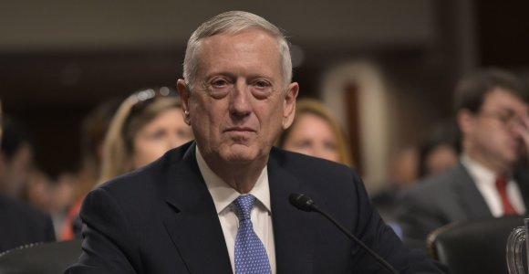 JAV Senatas suteikė išlygą Jamesui Mattisui tapti Pentagono vadovu