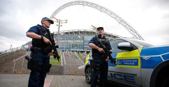 Teroro akto šešėlis: dvikovą su Lietuva Londonas pasitinka sustiprintomis saugumo pajėgomis