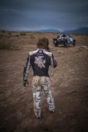 Edgaro Buiko nuotr./Trečiame Dakaro etape dėl gedimų sustojo du lietuvių ekipažai