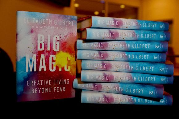 """Vida Press nuotr./Amerikiečių autorės Elizabeth Gilbert knyga """"Didi magija"""""""