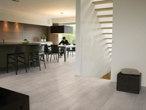 """Gamintojo nuotr./Quick-Step"""" laminuotos grindys Šviesios ąžuolinės lentos Rustic, Largo kolekcija (Belgija)"""