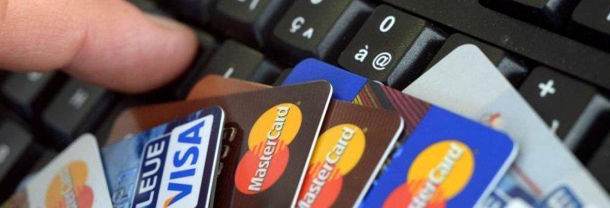 Paslaugų krepšeliai: vieni bankai juos siūlo jau dabar, kiti laukia kainų lubų