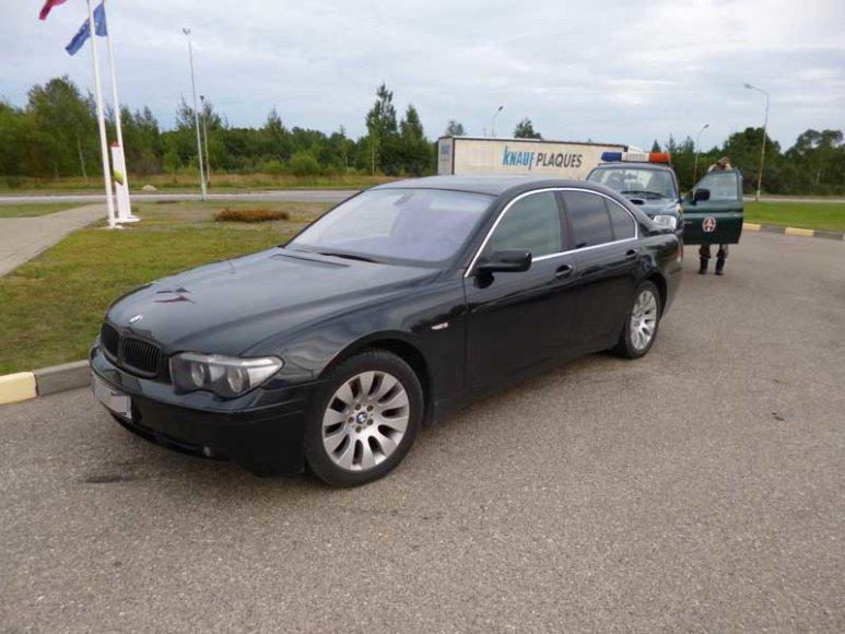 Sulaikytų latvių automobilis