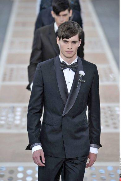 """""""Louis Vuitton"""" vyriškų kostiumų kolekcija"""