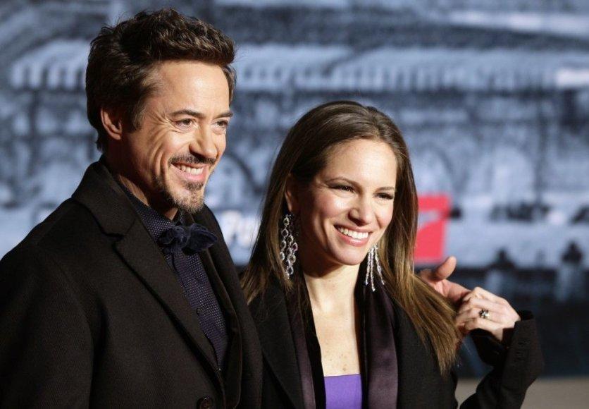 Robertas Downey jaunesnysis ir Susan Levin švenčia aštuntąsias santuokos metines