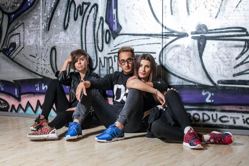 ZX FLUX fotosesijoje Simona Orijus ir Viktorija. Adidas nuotr.