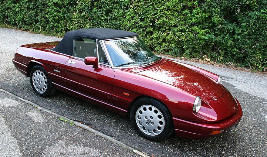 """Ketvirtos kartos """"Alfa Romeo Spider"""""""