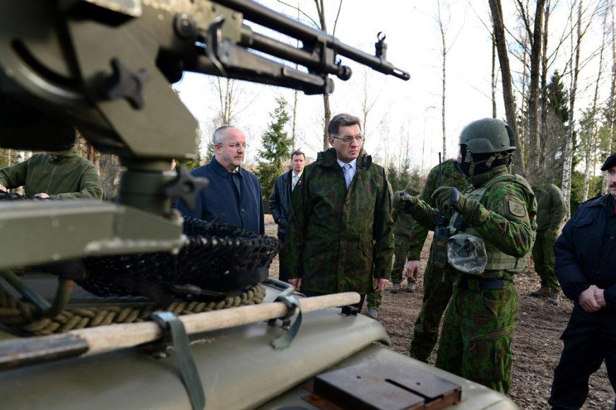 Specialiųjų operacijų pajėgose apsilankė A.Butkevičius ir J.Olekas
