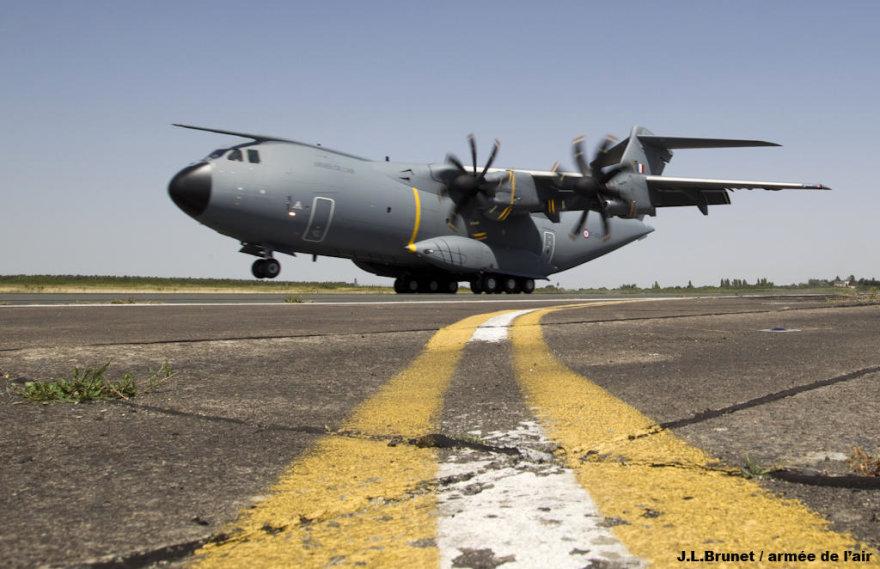 """Prancūzijos karinis transporto lėktuvas """"Airbus A400M Atlas"""""""