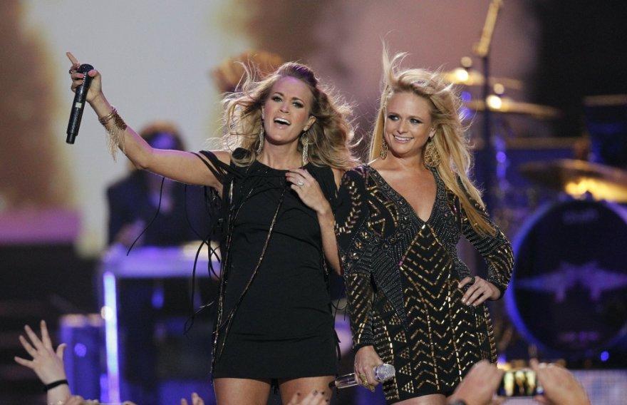 Carrie Underwood ir Miranda Lambert
