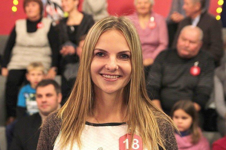 """Sandra Gedvilienė iš Kretingos raj. laimėjo vieną iš penkių automobilių """"Citroën C4 Cactus""""."""