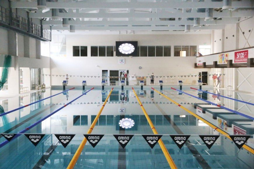 Atsinaujinęs plaukimo centras Kaune