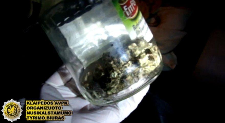 Klaipėdoje sulaikyta narkotikus platinusi grupuotė.