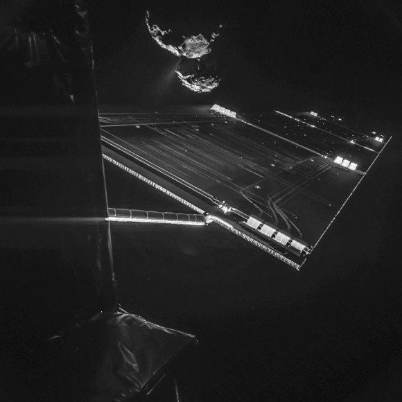 ESA ekspertai leido pradėti istorinį zondo nusileidimą ant kometos branduolio