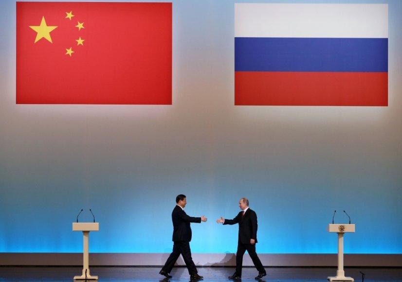 Kinijos prezidentas Xi Jinpingas ir Rusijos prezidentas Vladimiras Putinas