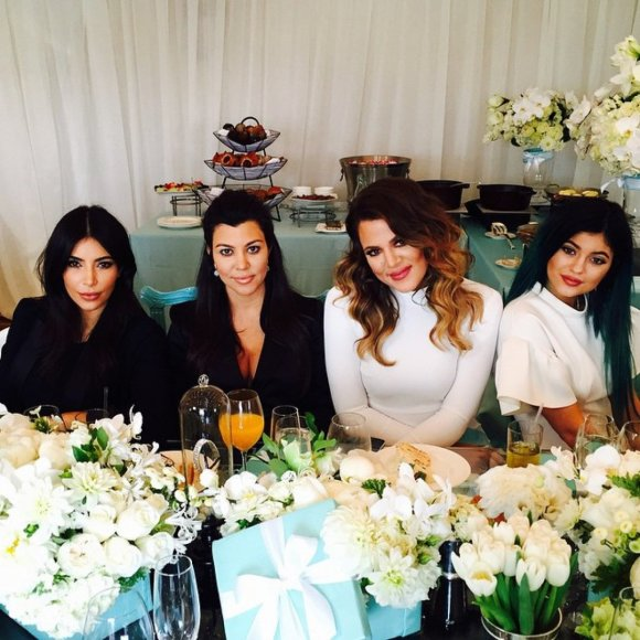 Kim Kardashian, Kourtney Kardashian, Khloe Kardashian ir Kylie Jenner