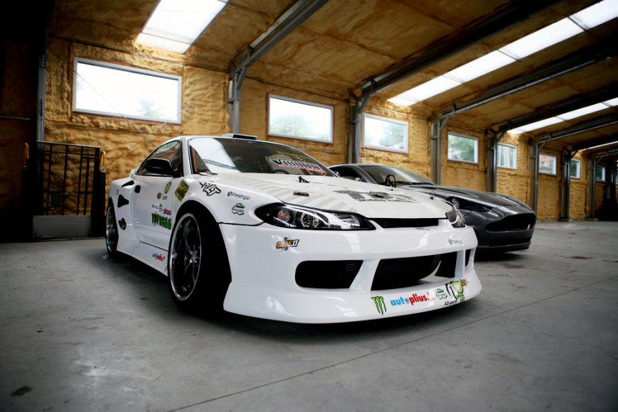 """Drifter.lt"" komandos garažas"