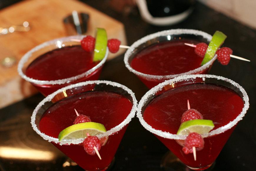 Užtenka tik kalbėti apie alkoholį, ir žmonės tampa agresyvūs