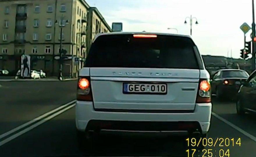 Range Rover labai skuba.