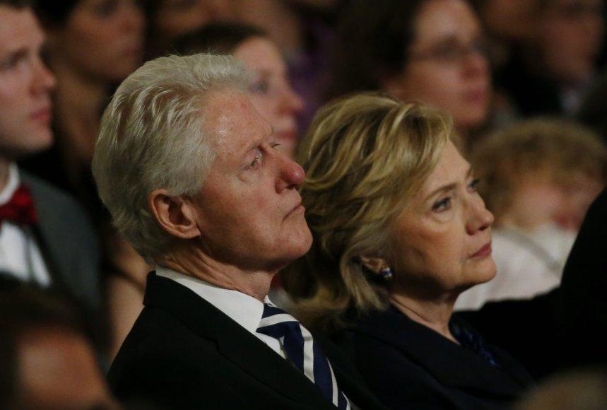 Billas Clintonas ir Hillary Clinton 2001 metų rugsėjo 11-osios atakų memorialinio muziejaus atidaryme