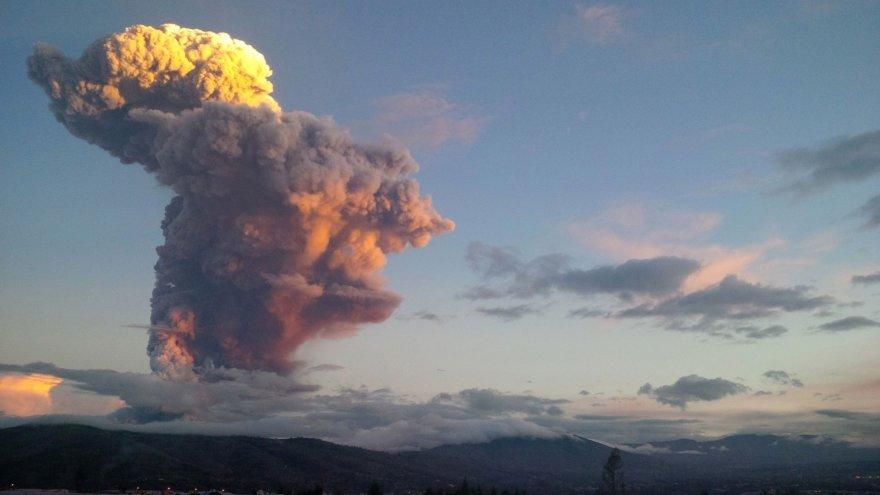 Išsiveržęs ugnikalnis Ekvadore