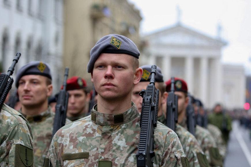 Kariuomenės paradas Vilniuje