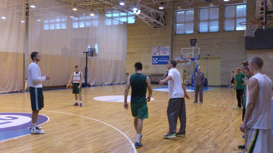 Rezervinės Lieutuvos krepšinio rinktinės treniruotė