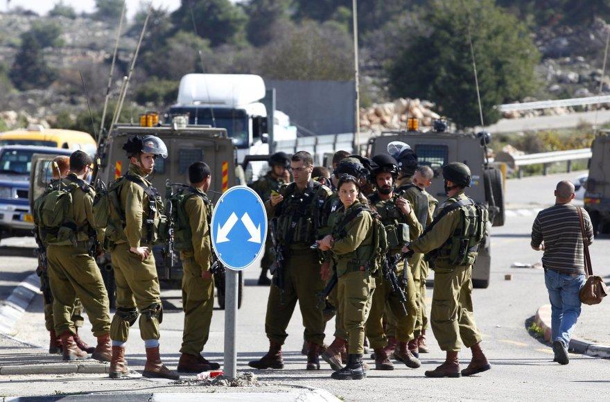 Izraelio kariai išpuolio vietoje