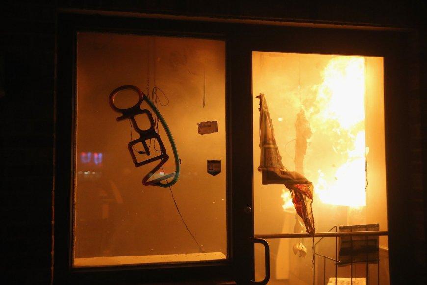 Fergusone padegta kavinė