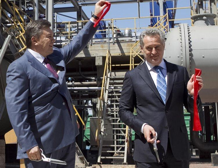 Viktoras Janukovyčius su vienu turtingiausių Ukrainos žmonių Dmytro Firtašu