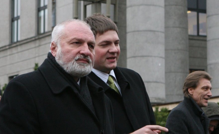 V.Mazuronis ir A.Mazuronis