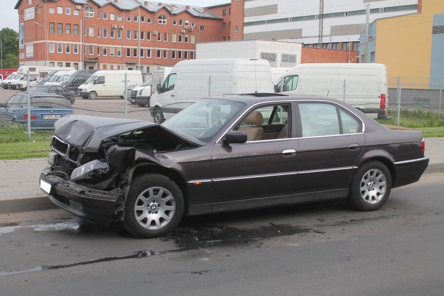 BMW po avarijos