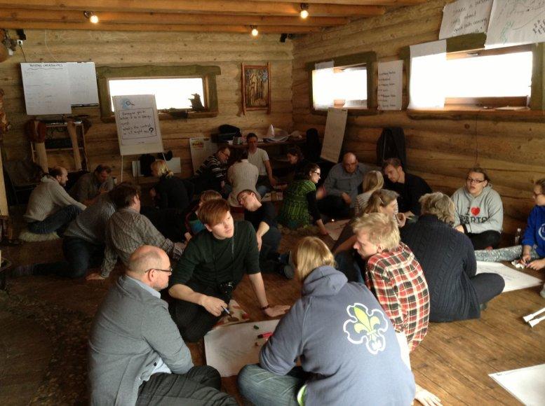Dalyvaujančiosios lyderystės metodai padės tobulinti švietimo sistemą