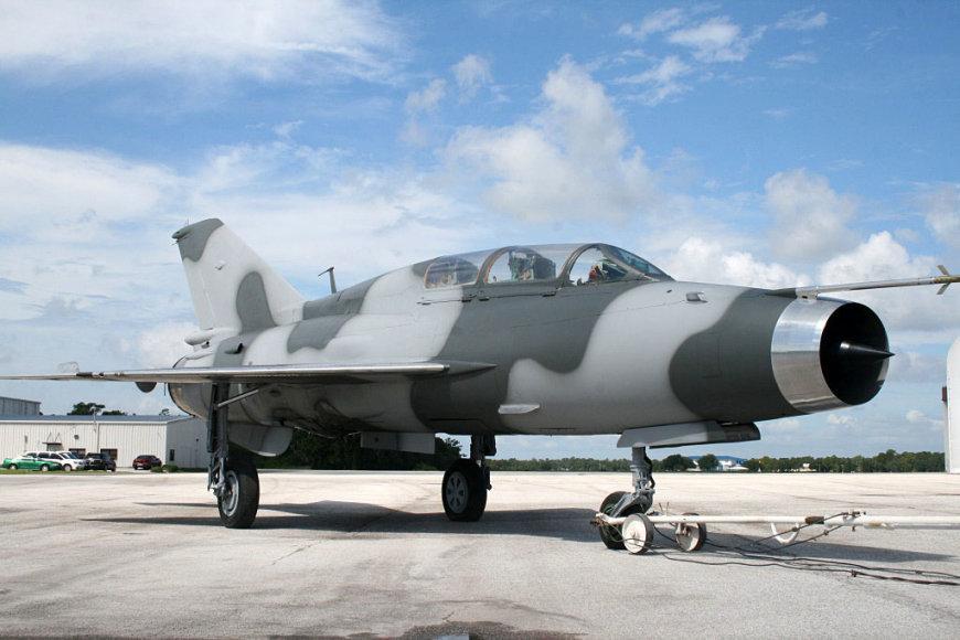 """Vienas iš amerikiečių įsigytų naikintuvų """"Mig-21"""""""