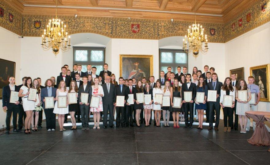 Geriausių abiturientų apdovanojimų ceremonija Valdovų rūmuose.