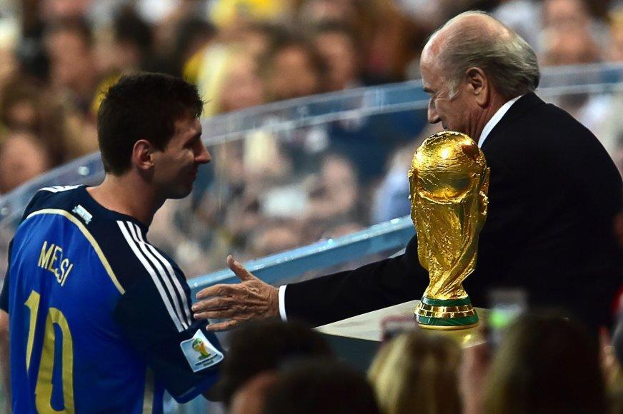 Lionelis Messi ir Seppas Blatteris